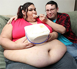 Fat model Monica Riley and her boyfriend in Texas.